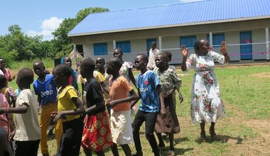 unmiss south sudan eastern equatoria state quick impact project community school classrooms