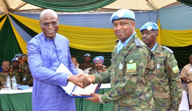 Rwandan peacekeepers awarded UN medals for service