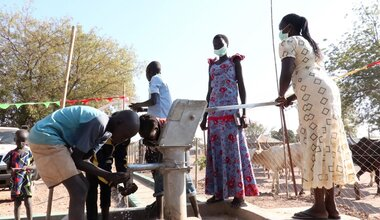 unmiss south sudan rumbek unvs international volunteers day bore hole