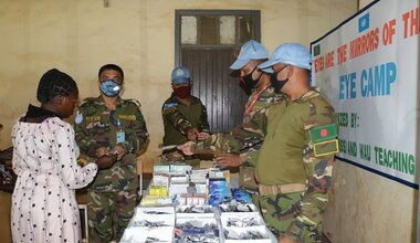 unmiss south sudan wau eye camp clinic bangladesh peacekeepers