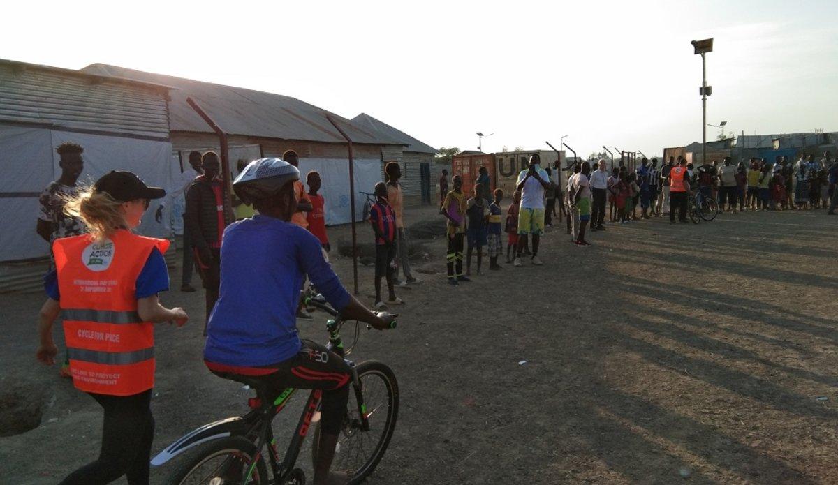 unmiss south sudan malakal teaching girls to cycle run indian medical staff