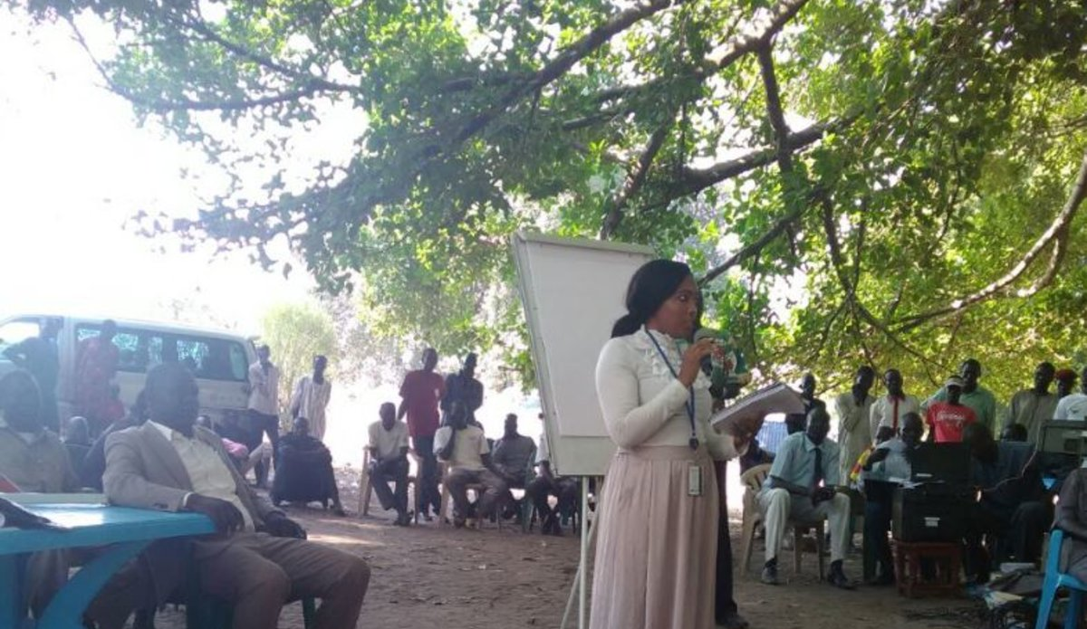 UNMISS Civil Affairs officer addresses communities in Terekeka