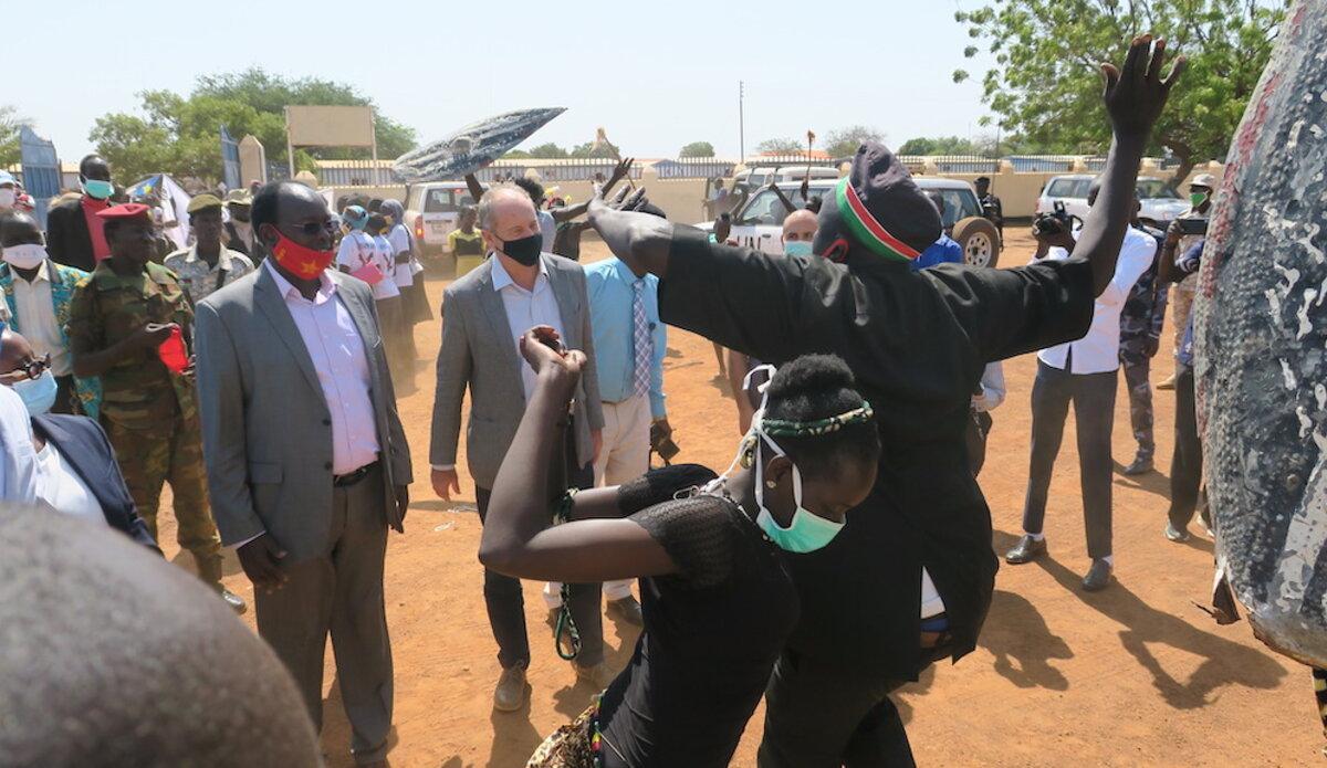 unmiss south sudan wau aweil kuajok protection of civilians roads development employment peace police judicial sector cattle migration mobile court