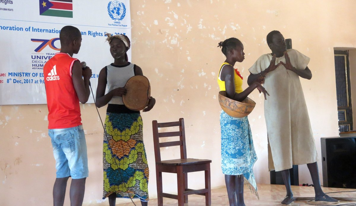 UN peacekeepers commemorate Human Rights Day with students in Wau