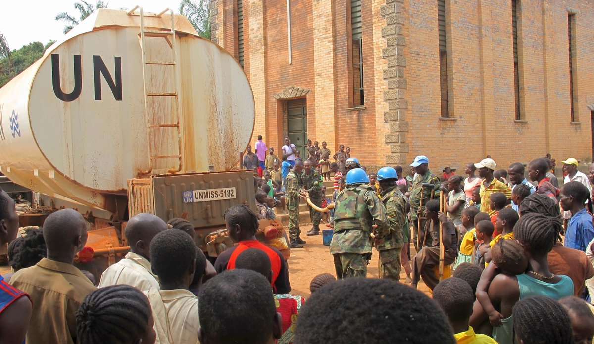 UN Peacekeepers Provide Comfort to Displaced South Sudanese in Rimenze