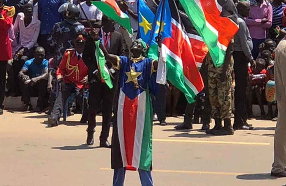 "Thousands of citizens gathered in Juba to celebrate ""dawn of peace"""
