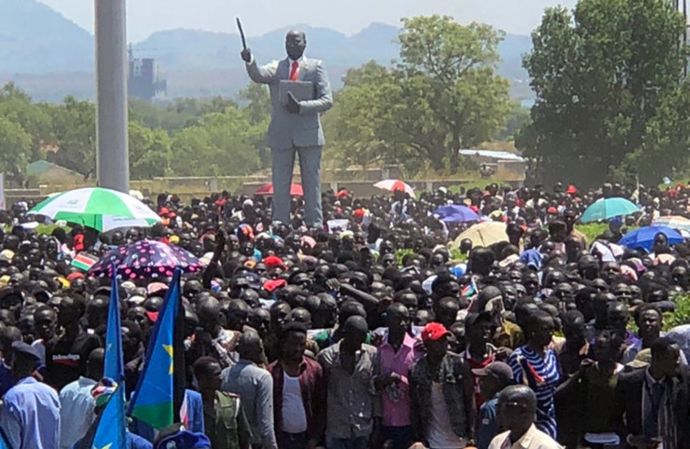 """Thousands of citizens gathered in Juba to celebrate """"dawn of peace"""""""