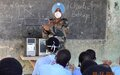 UNMISS peacekeepers in Malakal offer local students training in computer skills