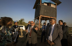 Fijian President Konrote visits UNMISS SRSG and PoC site 3
