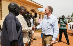 UNMISS Chief praises Gogrial authorities for removing road blocks