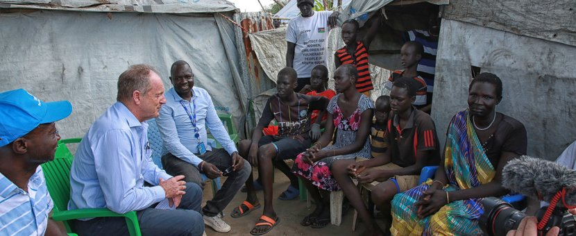 Head of UNMISS David Shearer meets with families affected by flooding in Akobo